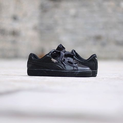 puma basket heart night sky noire