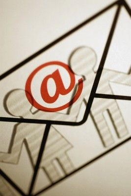 Integrate Your Email Campaigns with Your Blog via @basicblogtips