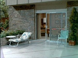 The Brady Bunch Blog: The Bradys Patio and Driveway: