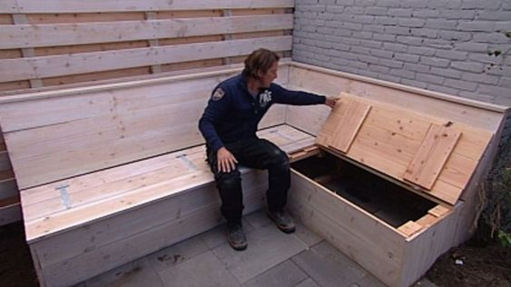 Zelf steigerhouten hoekbank maken met opbergruimte for Steigerhout loungeset zelf maken
