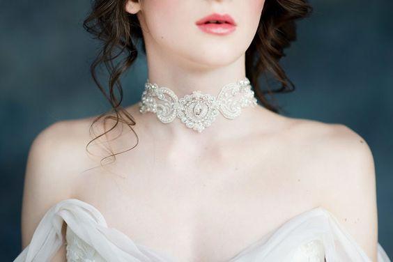 Bella Lace Bridal Choker