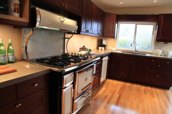 Vintage modern kitchen in ramsjo red brown with heartland for Red and brown kitchen ideas