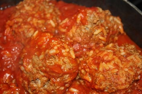 LaFaye's Porcupine Meatball: 1 lb ground beef, 1/s cup uncooked rice, 1 T minced onion, 1 tsp salt, 1/4 tsp pepper, 1/2 cup grated cheese, Worcestershire sauce, 1 can tomato soup, canned tomatoes. Combine meat, rice, onion, cheese, worchestershire sauce, salt, pepper. Form into balls. Mix soup, a little water, tomatoes. Add meatballs. Cook until done.