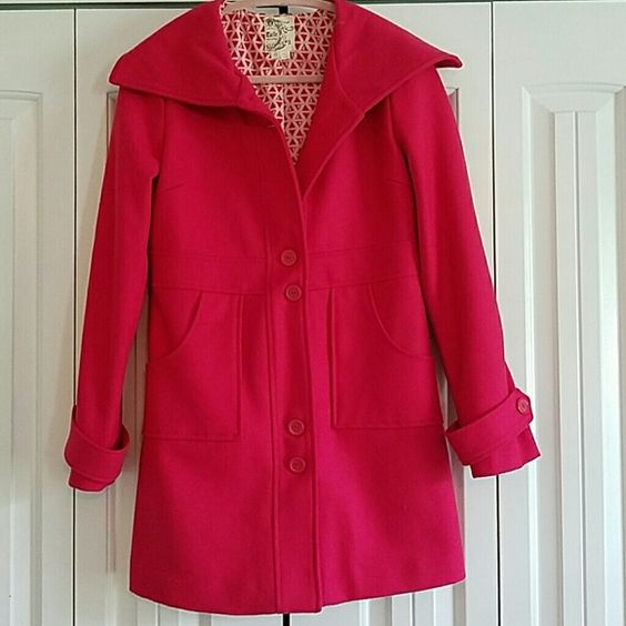 "Coat Deep pink, lightweight, wool blend coat. Fits beautifully and in ""like-new"" condition! Tulle Jackets & Coats Pea Coats"