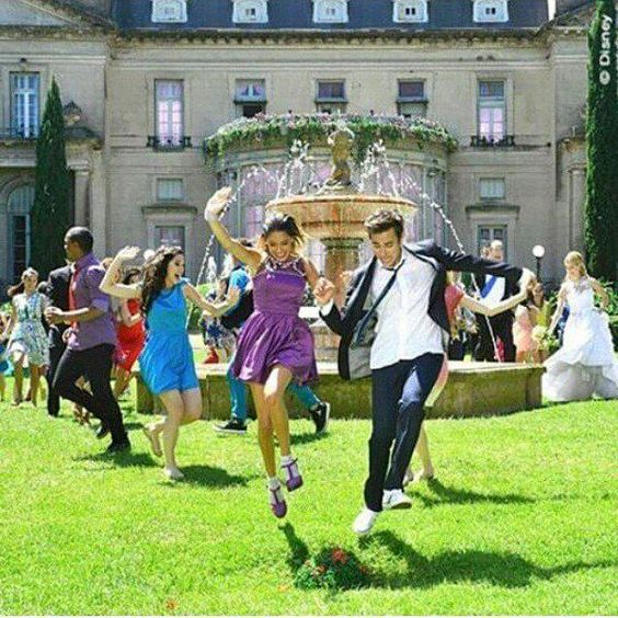 26 best images about violetta ) on Pinterest Disney, Cars and Studios