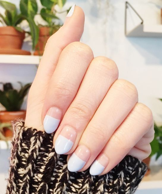 The minimalist nail trend coming straight from L.A. (and we're obsessed). Need to do this next time!