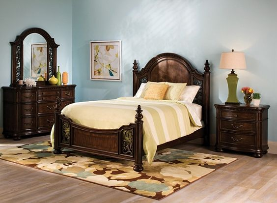 Florence 4-pc. Queen Bedroom Set | Bedroom Sets | Raymour and ...