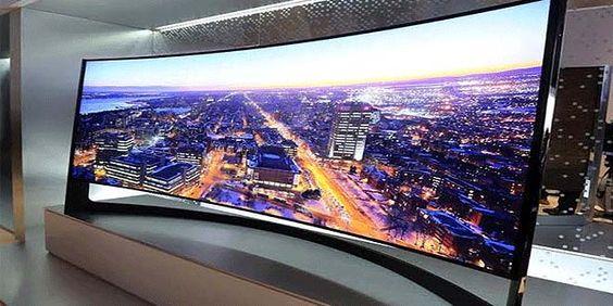 Samsung Curved UHD TV más que una ambiciosa imagen - http://www.entuespacio.com/samsung-curved-uhd-tv-mas-que-una-ambiciosa-imagen/