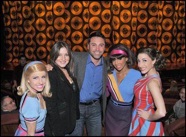 Boxing icon Oscar de la Hoya enjoyed Viva ELVIS™ by Cirque du Soleil® at ARIA Resort & Casino on Friday, December 10.