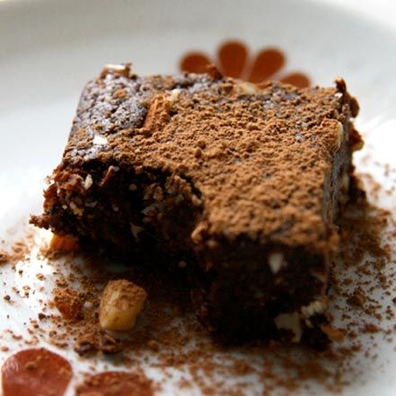 The Raw Brownie | My New Roots    Ingredients:  2 cups whole walnuts  2 ½ cups Medjool dates, pitted  1 cup raw cacao  1 cup raw unsalted almonds, roughly chopped  ¼ tsp. sea salt