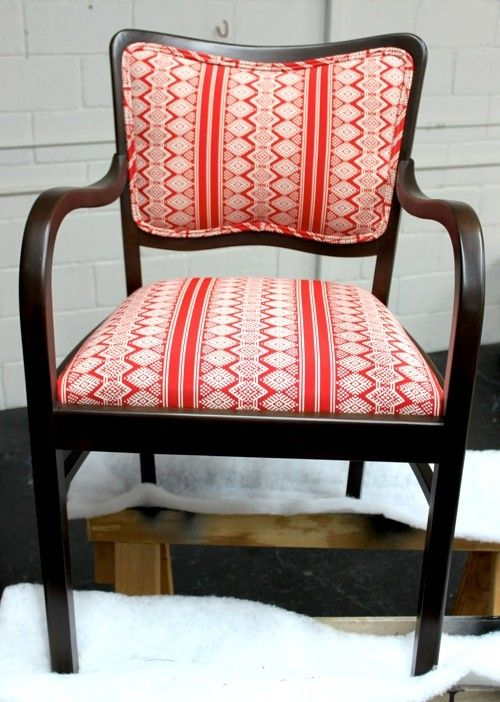 I Would LOVE To Learn How To Upholster A Chair Someday I Think I Just Have