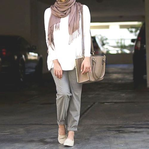 classic casual hijab outfit, Hijab spring street fashion https://www.facebook.com/pages/Just-for-trendy-girls/259887160735459