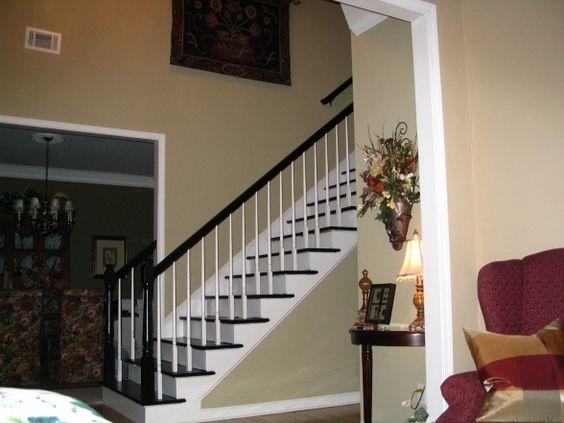 Escaleras pintadas, escalera and alfombras on pinterest