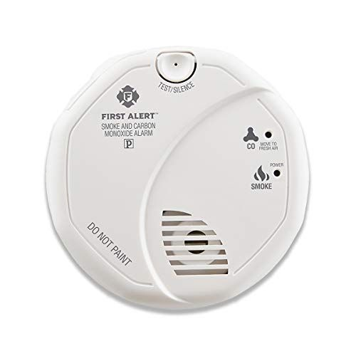 First Alert Smoke Detector And Carbon Monoxide Detector Alarm Battery Operated Sco5cn First Ale In 2020 Carbon Monoxide Detector Carbon Monoxide Alarms Smoke Alarms