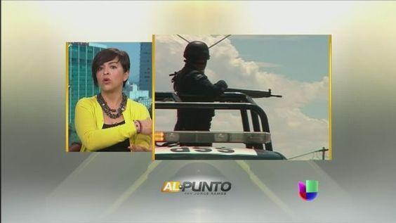 VIDEO: La periodista Anabel Hernádez expone los mitos y verdades de las autodefensas - http://uptotheminutenews.net/2014/03/23/latin-america/video-la-periodista-anabel-hernadez-expone-los-mitos-y-verdades-de-las-autodefensas/