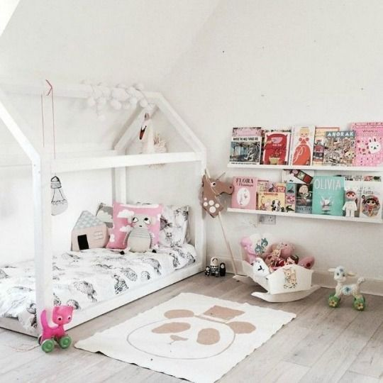 5 Beautiful And Stylish Blush Kid S Rooms Petit Small Toddler Floor Bed Toddler Rooms Kids Room Inspiration