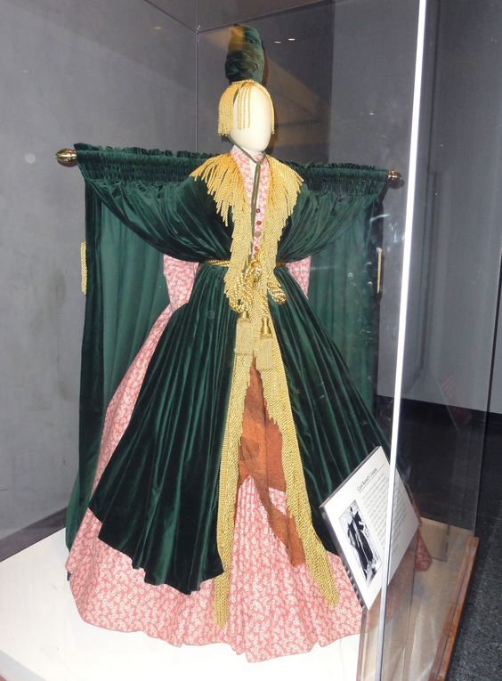 Carol Burnett's dress from Gone with the Wind sketch. Costume by Bob ...