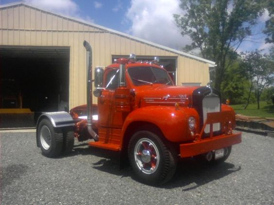 1964 Mack B Model : B mack single axle tractor truck restoration