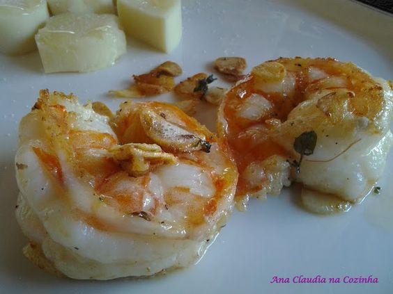 Camarão na manteiga de ervas, aqui... www.anaclaudianacozinha.com