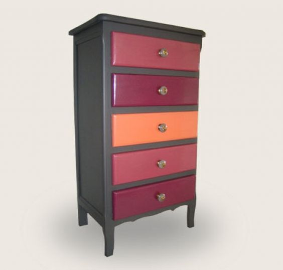 petits meubles petit meuble relook mes petits secrets pop deco work inspiration. Black Bedroom Furniture Sets. Home Design Ideas