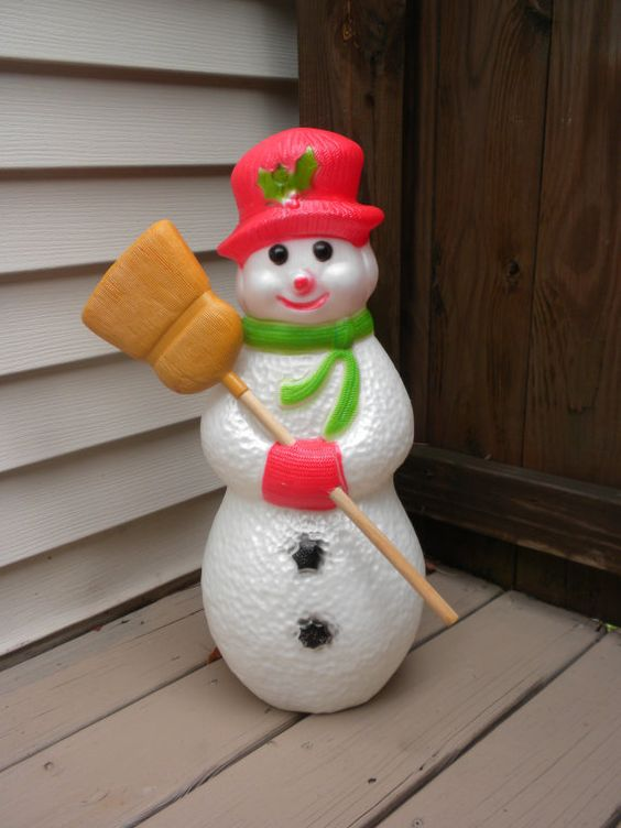 vintage snowman blow mold, 22 inches, in almost mint condition, snowman light
