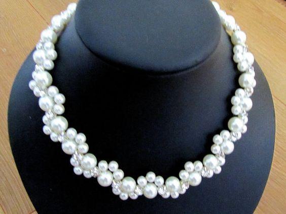 Curso Gratis De Bisuteria Aprende Hacer Collar De Perlas Muy Facil Paso A Paso Ivory Pearl Necklace Pearl Wedding Accessories Pearl Necklace