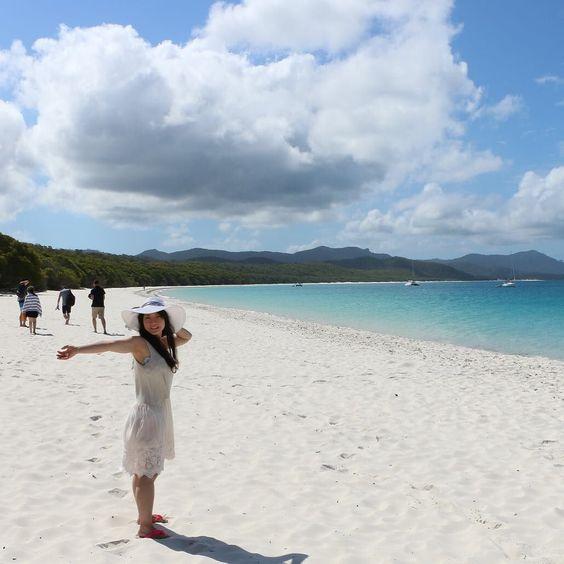 現在ハミルトン島から移動してケアンズに来ています  写真はケアンズに来る前に行ったウィットサンデーのホワイトヘブンビーチ本当に天国のようでした(OvO)  #greatbarrierreef #whitsundays #whiteheavenbeach #australia by megumu_infiniti.yokohama http://ift.tt/1UokkV2