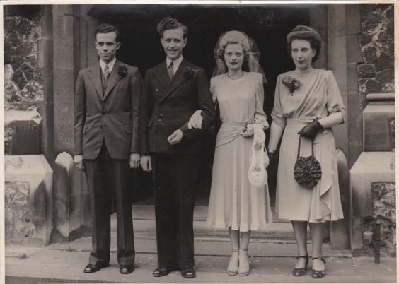 OLD PHOTO BRIDE WEDDING DRESS BRIDESMAID HANDBAG GROOM MAIDSTONE KENT CB929 | eBay
