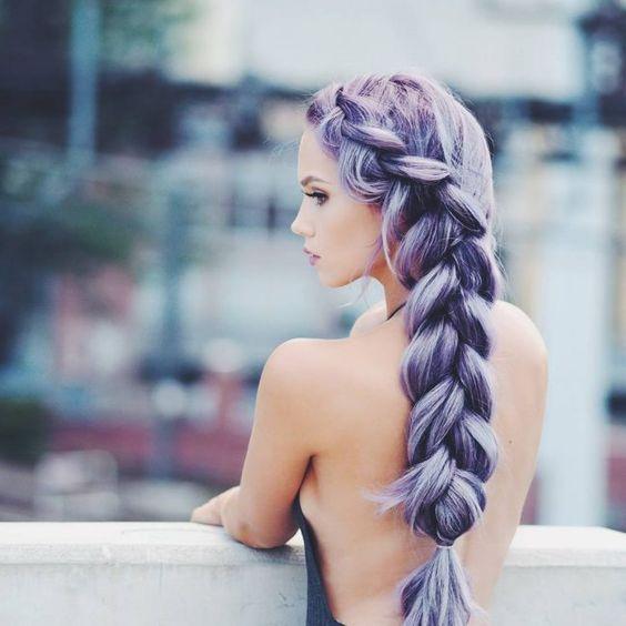 model gaya rambut wanita kepang