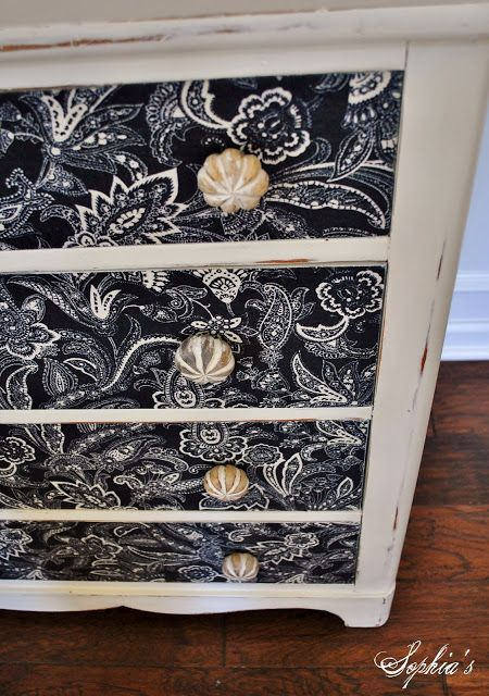 One of the best DIY tutorials for using fabric on furniture I've come across!