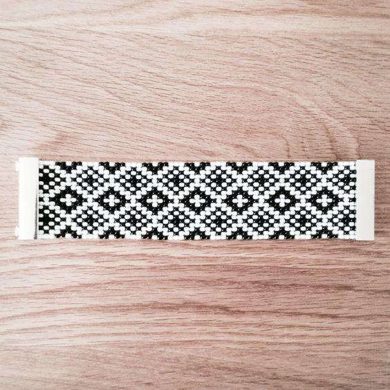 Jewelry Zilli, Bracelet tissé en perles de Rocaille, fermoir aimanté 05 : Bracelet par boutique-zilli