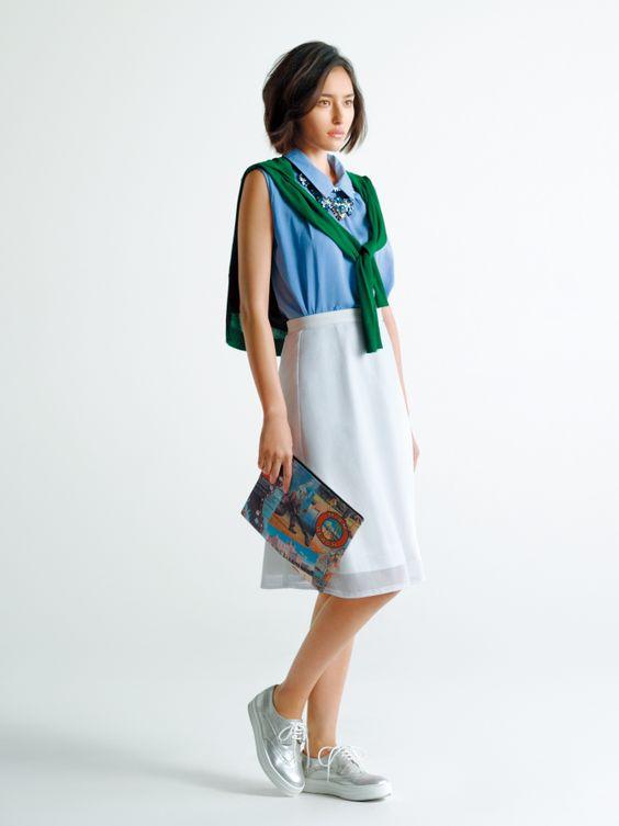オフィスファッションの長谷川潤