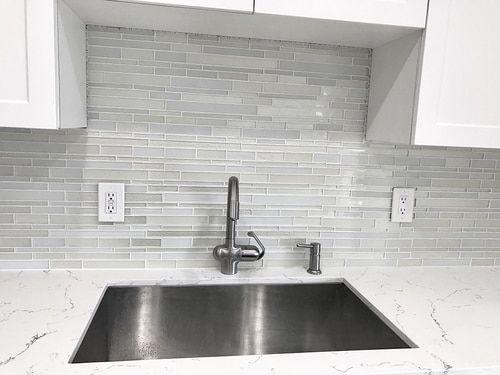Anora Snow White Mosaic Glass Tile Diy Kitchen Backsplash White Kitchen Backsplash Kitchen Renovation