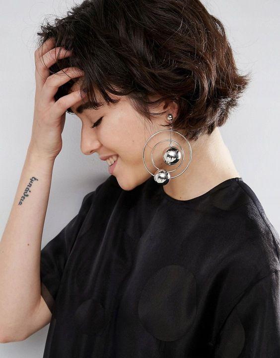 B1i201 Bxd Wiszace Kolczyki Kulki Laczenie 7867584164 Oficjalne Archiwum Allegro Earrings Short Hair Styles Space Necklace