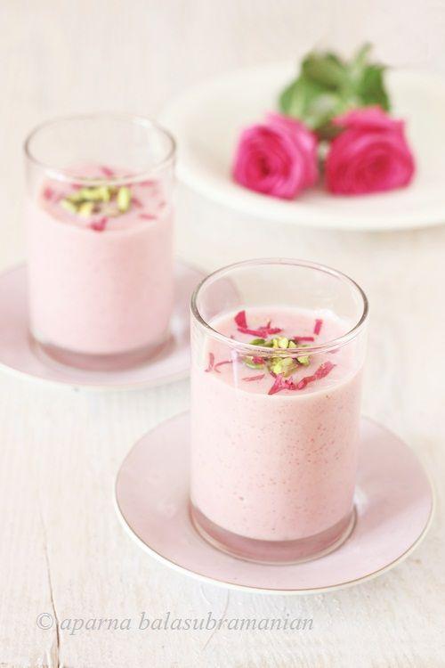 My Diverse Kitchen: Gulabi Phirni/ Firni (Rose Flavoured Creamy Indian Rice Pudding)