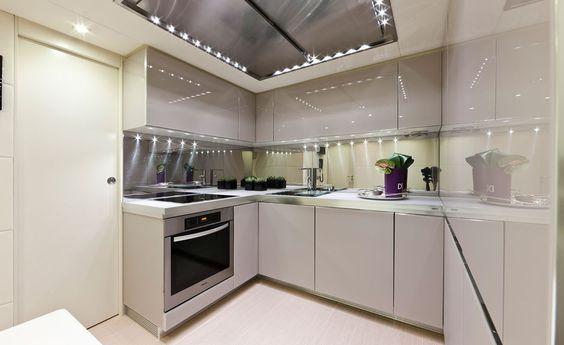 Dise o de cocinas las cocinas modernas de los yates - Disenos de cocinas modernas ...