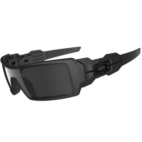 Oakley Oil Rig Sunglasses, Matte Black/Black Iridium, One Size