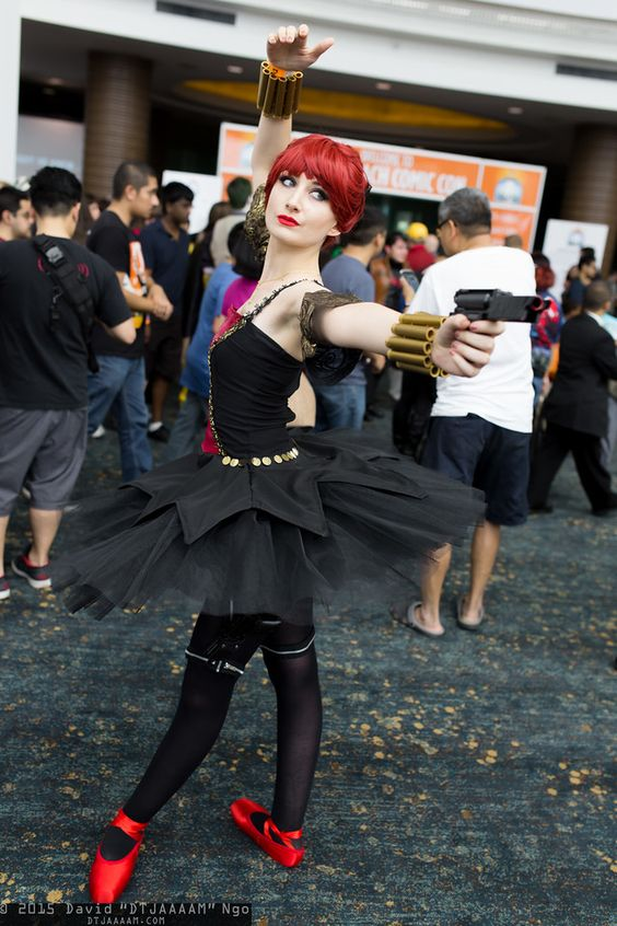 Literally the most creative and awesomest black widow cosplay I have ever seen.
