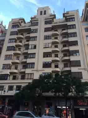 Calle Játiva 4, Edificio Roig / Vives, arquitecto Javier Goerlich Lleó, 1941 - 1944.