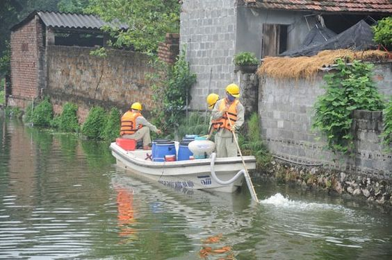 #VIETNAM #SWD #GREEN2STAY Hà Nội's lakes cleaned up Update: March, 09/2017 - 17:45  Read more at http://vietnamnews.vn/society/372588/ha-nois-lakes-cleaned-up.html#Oou0zAbgoV60JKbo.99