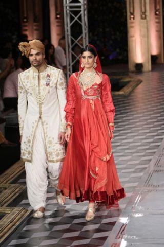 Shree Raj Mahal Jewellers. ICW 14'. Indian Couture.