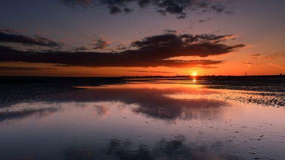 sunset reflection lake wallpaper download free high definition