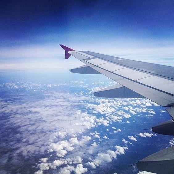 """""""Minha vontade de viajar não é passageira"""" ... #viajar #seviranomundo #aroundtheworld #céudobrasil #travel #sky"""