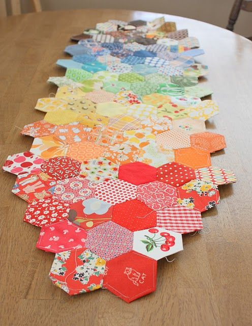 I like this layout for a runner #quilting #tablerunner #hexies