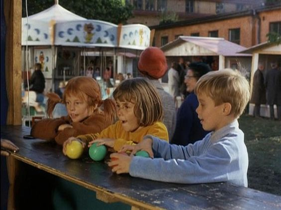 Pippi and friends at carnival: