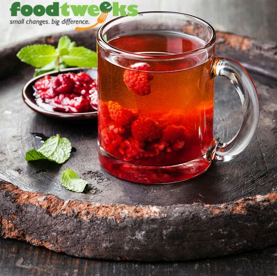 #foodtweeks™ Tip ► When ordering a Snapple® Raspberry Tea / Only drink 1/2, refill it with water, and save your drink for later. Now you get 50% more drink!  #foodtweeks4foodbanks #calories4good foodtweeks.com