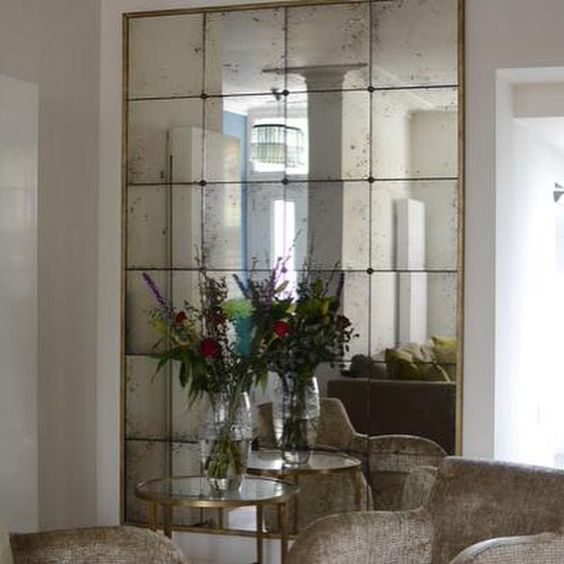 Mirror Mirror The Right Way To Use Mirrors In Your Home Linda Merrill Antique Mirror Wall Antique Mirror Glass Distressed Mirror