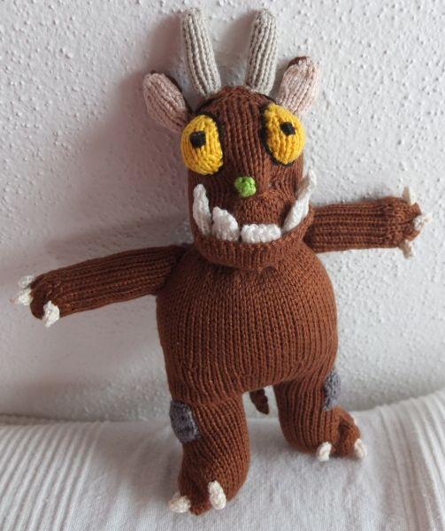 Gruffalo knitting pattern: http://www.ravelry.com/patterns ...