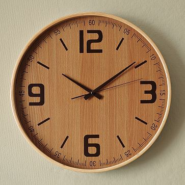 Love this wooden clock. It reminds me of a ruler :)
