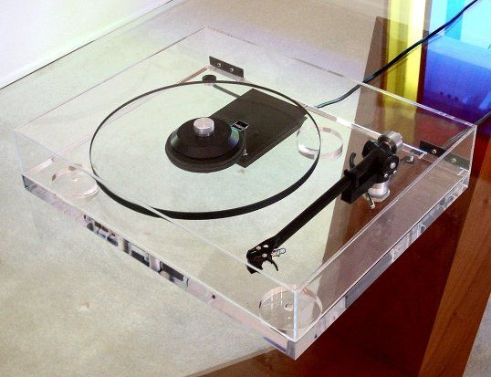 Rega, all glass turntable looks beautiful but sounds horrid because glass resonates severely. The triumph of style over common sense.